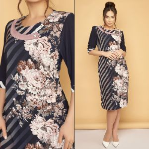 Элегантное женское платье темно-синего цвета в цветочный принт 🌹 из материала «масло» премиум класса.  Модель 092 Размеры - 50, 52, 54, 56, 58, 60, 62, 64 Цвет платья - темно-синий