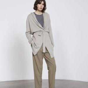 Одежда из кашемира для женщин