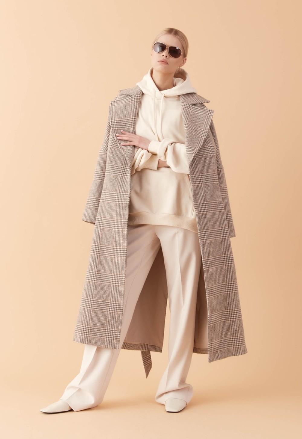 Производитель дизайнерской женской одежды