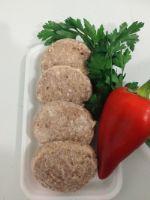 натуральная копченая колбаса и вкусные домашние котлеты