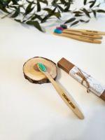 Детская зубная бамбуковая щётка с угольным напылением