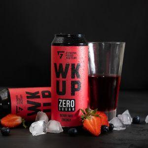 Berry mix - взрывной вкус сочных ягод, который отлично освежает и бодрит. Многие любители фитнеса мечтали об энергетике без сахара, который оптимально вписывается в рацион, придает бодрости перед тренировкой и помогает выложиться на все 100%.Отсутствие сахара и углеводов – Вы всегда будете в формеМощный заряд энергии – в состав напитка входят: КОФЕИН, Л-КАРНИТИН, БЕТА-АЛАНИН, ТАУРИН и АРГИНИНЯркие вкусы – в линейке 2 потрясающих оригинальных вкуса.
