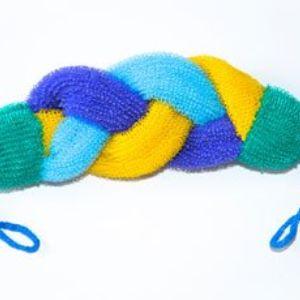 Мочалка – Косичка . Их изготавливают из вязаного полипропиленового полотна путем тщательной выкройки и долгой ручной работы.