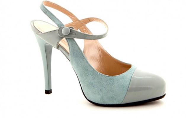 ce615e2db Мужская обувь, женские халаты оптом от производителя на портале ...