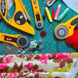 Инструмент и ткани для пэчворка