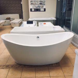Отдельностоящая акриловая ванна