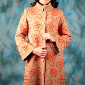 """Вязаное пальто """"Фактурное с цветами"""". Пальто из новой весенней коллекции по мотивам """"Фактурного""""с цветочками по всему полотну."""