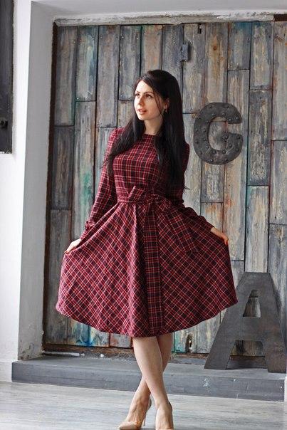 Платье : Class (Арт R12) Ткань: Костюмная Размеры:S (42-44), М (44-46), L (46-48)  Цвет: Винная   клетка