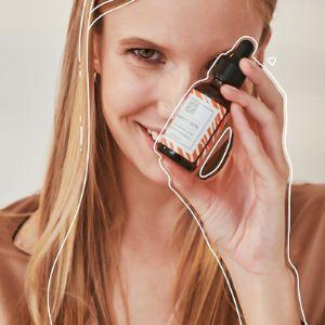 Сыворотка ля осветления и увлажнения кожи лица с витамином С от Biofollica