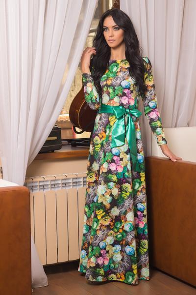Зеленое платье с цветочным принтом