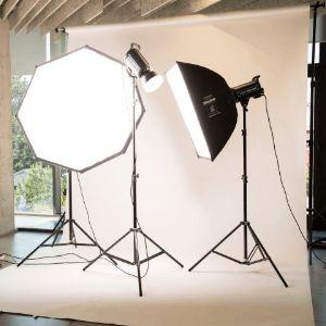 Современная фотостудия: 110 кв. м общая площадь собственной фотостудии 36 000 фотографий сделанных для сайта в год