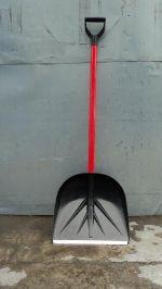 Лопата из суперпрочного пластика 420*400 с V-образной ручкой