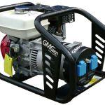 Мощный бензогенератор ручного типа запуска, который поможет продолжить работу в самых сложных и экстренных условиях, таких как перебои питания или отсутствие электроэнергии. Поэтому если вы живете в частном секторе или районах, где довольно часто случаются перебои, то бензогенератор GMH3500 практичный для вас выход из данной ситуации. Мощность бензиновой электростанции GMH3500 составляет 3.4кВА/2.7кВт, а номинальное напряжение 230В. Ёмкость бака составляет 3.6л, что при расходе топлива 0.9л/ч гарантирует до 4часов стабильной беспрерывной работы. Прочный стальной корпус, довольно компактные размеры и специальная конструкция, позволят вам хранить бензогенератор в любой части дома или здания. Кроме того, модель GMH3500 не требует тщательного ухода и легка в эксплуатации. Также металлоконструкция бензинового генератора не боится погодных условий и устойчива к коррозии. Тележечный комплект, который продаётся вместе с самой моделью, позволит вам легко и быстро транспортировать устройство в любое необходимое вам место.