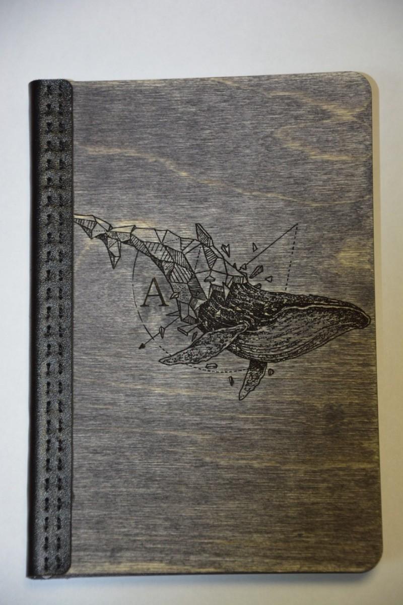 Ежедневник в деревянной обложке. Материал березовая фанера 3 мм. Покрытие водная морилка, масло льняное, воск пчелиный