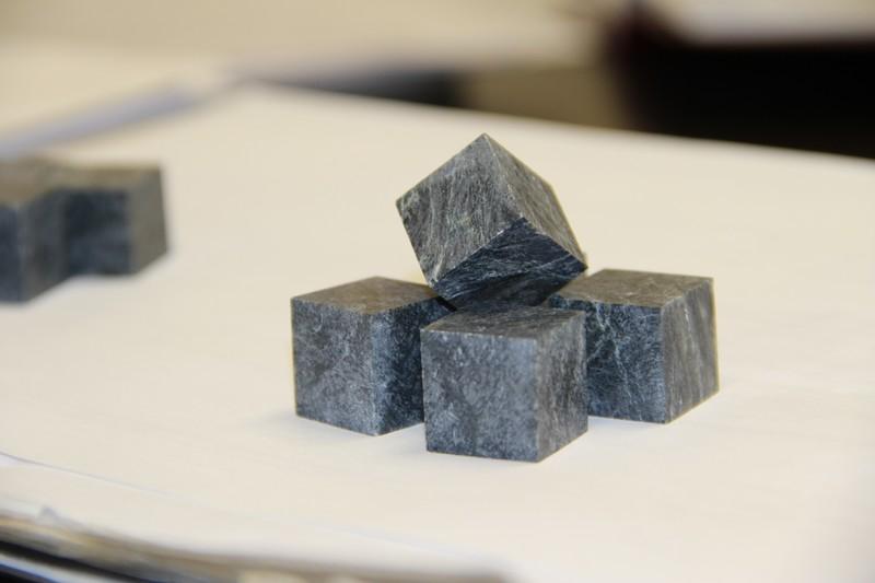 Кубик полированный без фасок (стеатит)
