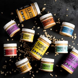 Натуральная арахисовая паста от Fitness Food Factory – это 100% обжаренный аргентинский арахис без добавления сахара, заменителей и консервантов. • Высокое содержание белка и полиненасыщенных жиров. • Содержит фолиевую кислоту, цинк, магний, железо и минералы. • Укрепляет иммунитет, нормализует кровяное давление и улучшает обменные процессы.