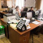 Наша команда высококвалифицированных менеджеров поможет Вам оперативно решить любые вопросы,  оказывая консультативные услуги по подбору запасных частей .