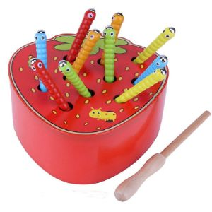 Магнитная игра поймай червечка. Развивает логику ,координацию,устный счет,помогает изучить цвета .