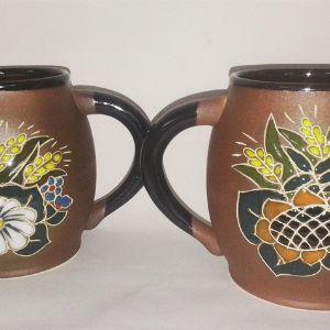 Чашки - 300 и 500 гр, расцветка и надписи по желанию заказчика.