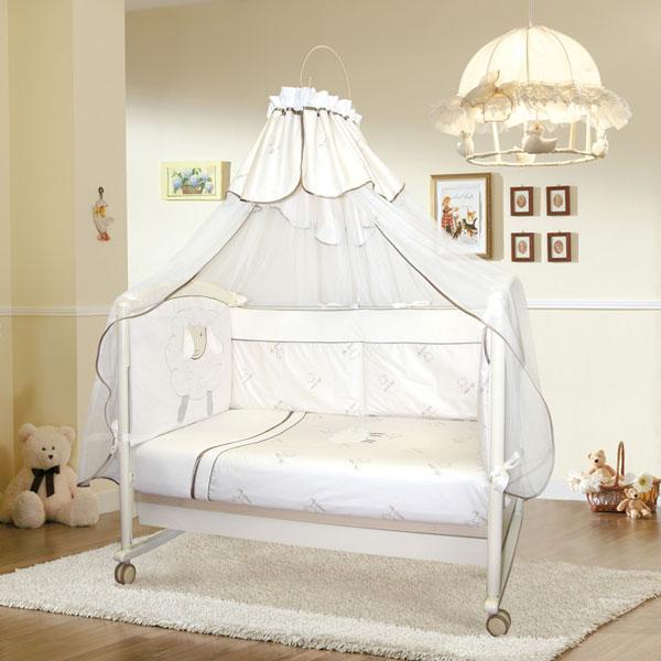 """Комплект из сатина """"Золотое руно"""" - 8 предметов..  Комплект в кроватку """"Золотое руно"""". Комплект с одеялом- пледом на молнии, при необходимости можно вставить в плед теплое одеяло."""