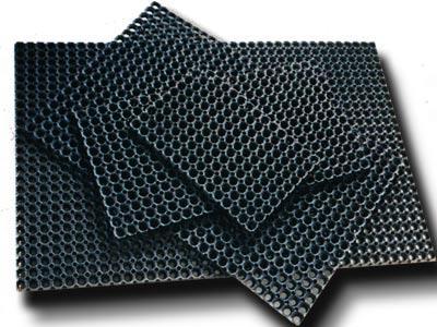 Коврик резиновый грязезащитный ячеистый оптом RH 400х600х16 мм.