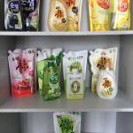 Средства для мытья посуды Корейского производства в бутылках и запасках разных объемов.