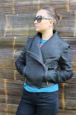 Женская куртка из натуральной кожи питона С-1