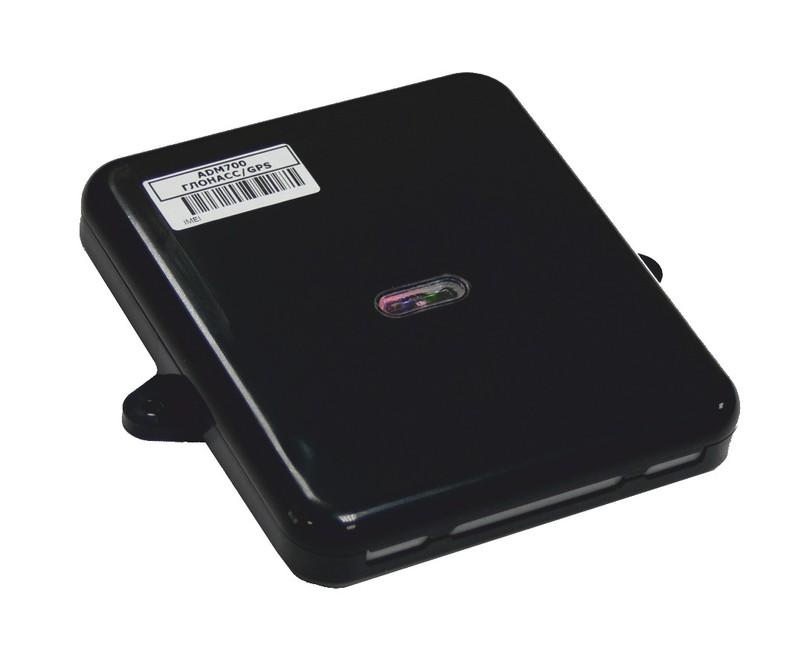 """ADM700  Терминал ADM700 предназначен для установки на транспортное средство как дополнительное устройство, регистрирующие местоположение, скорость и направление движения данного транспортного средства по системе ГЛОНАСС/GPS. Дополнительно регистрируется ряд других параметров, таких как: состояния аналоговых входов, дискретных входов и показания датчиков.  Все события и состояния, зафиксированные терминалом, сохраняются в энергонезависимой памяти. Накопленные данные передаются через сеть оператора сотовой связи стандарта GSM 900/1800 посредством технологии пакетной передачи данных GPRS на выделенный сервер, с которого могут быть получены через сеть Интернет для дальнейшего анализа и обработки на пультах диспетчеров.        Преимущества терминала ADM700:  •Чувствительность ГЛОНАСС/GPS приемника: -165dBm ; •Количество каналов ГЛОНАСС/GPS приемника: 132 ; •Стандарт связи: GSM 850/900/1800/1900, GPRS Multi-slot Class 12 ; •2 SIM карты + 2 SIM чипа (опционально) ;  •Голосовая связь ;  •Пылевлагозащита: IP65 ; •Ударопрочность: IK07 ;  •Встроенный трехосевой акселерометр;  •Встроенный датчик температуры ;  •Li-Ion аккумуляторная батарея 1000мА ;  •6 аналоговых/дискретных входов;  •2 импульсных/дискретных входа ;  •4 Выхода типа """"открытый коллектор"""" ; •Интерфейс RS-485 ; •Интерфейс RS-232 ; •Шина CAN (FMS; J1939) ; •Шина 1-Wire ; Карта памяти microSD (опционально); •Имеет модификацию ADM700 3G, поддерживающую сеть 3G, и разработанную с учетом требований 285 Приказа Минтранса. •Напряжение питания: +8,5..+48В ;  •Время работы от аккумуляторной батареи составляет 6 часов;  •Количество сохраняемых записей о маршруте; - при использовании внутренней памяти: до 150 000; - при использовании карты памяти microSD: 8 000 000 на 1Гб. Управление через USB, SMS, GPRS; •Габаритные размеры: не более 147х138х2аМ •Масса не более 250 г.       Технические характеристики:  •Чувствительность ГЛОНАСС/GPS приемника: -165dBm; •Количество каналов ГЛОНАСС/GPS приемника: 132; •Стандарт связи: GSM 850/9"""