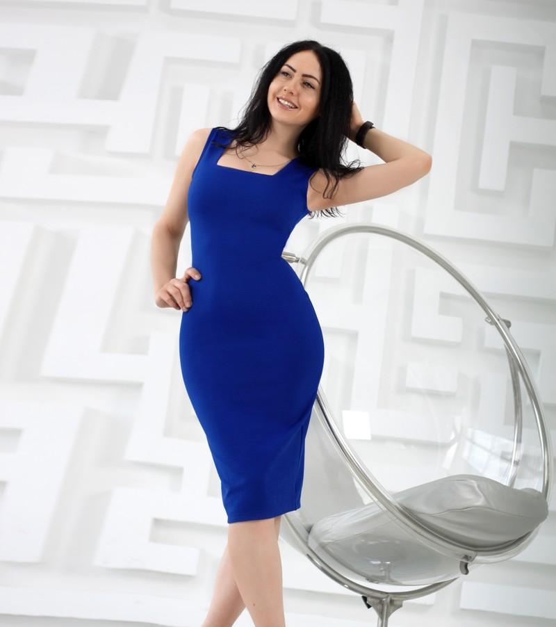 Платье-футляр Cool  Размеры: S (42-44), M (44-46), L (46-48) Ткань: рифленый трикотаж Длина : 105-107 см