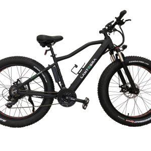 Фэтбайк - велосипед не только для бездорожья, но  и просто для комфортой поездки по городу, ведь благодаря широким колесам, он двигается мягче и уверенней. Есть модели с двигателем 500 или 1000 Вт.