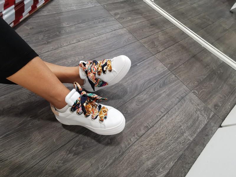 Обувь на заказ различных цветов на выбор