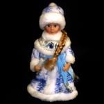 Музыкальная игрушка Снегурочка с узорами В2