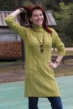 Вязаное платье с косами оливковое 46-50