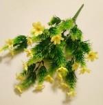 Букет Аспарагусов с мелкими цветами